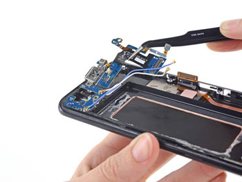 Hướng dẫn thay chân sạc Galaxy S8 chính hãng giá rẻ tại Hà Nội-Tphcm